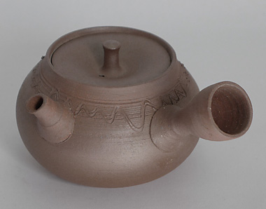 """Yôhen"" Banko-yaki kyûsu teapot with engraved motifs, 200 ml (6,7 oz), by Taisen"