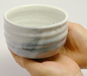 Raku-shaped Hagi-yaki matcha bowl by Takeshita Keizô