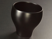 ''Mayu'' cup in Echizen lacquer, matt black, 140 ml (4.7 oz)