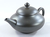 Tokoname-yaki teapot by Itô Gafû,  120 ml (4oz)